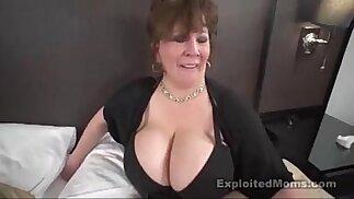 Mature Big Boob bbw slut in Interracial porn Video