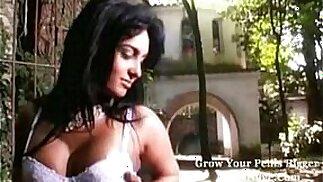Supermodella - La ragazza più sexy del porno! Qualcuno sa il suo nome?