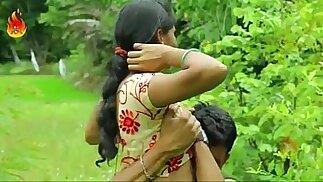 Sexy desi girl sucking and fucking romance outdoor sex