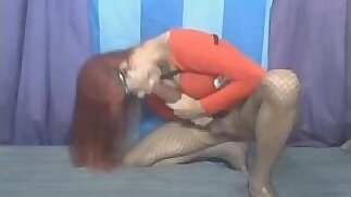 Shemale Sucking her Own Giant Cock