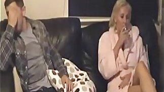 VERA madre beccata a sedurre il figlio con la nanny cam del padre