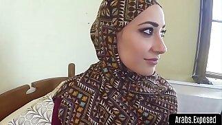 Bellezze arabe figa pelosa piena di cazzo