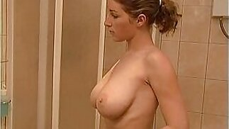 After shower sweet busty daughter went to her father in sauna