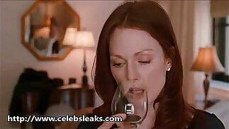 Amanda Seyfried Sex Scenes With julianne Moore