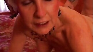 Jewel is a sexy cougar loves to fuck lucky y. guys