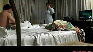 Sesso reale di cameriera d\'albergo per soldi