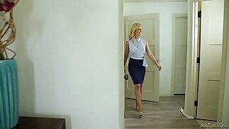 Scumbag husband cheating Cherie DeVille, Mercedes Carrera